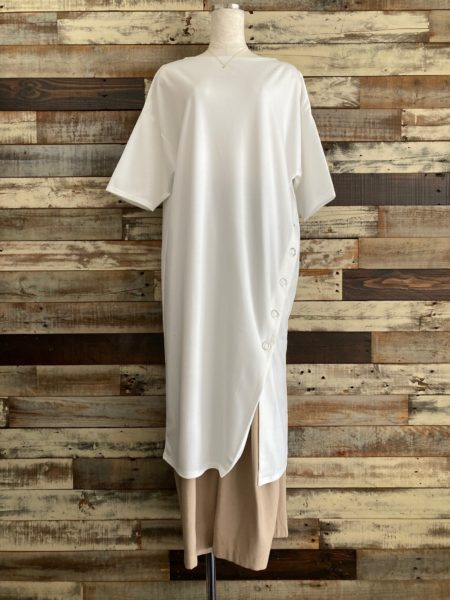 『スナップスリットロングTシャツ』コーディネート/フロント/OSMOSIS(オズモーシス)
