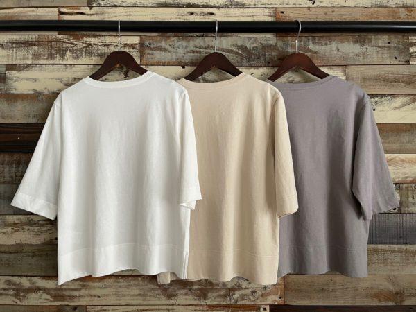 フロントロゴTシャツ/バックシルエット