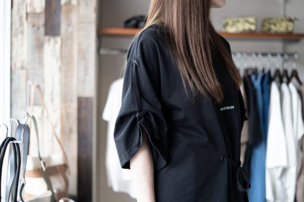 LOOSE LOGO T-SHIRT/ルーズロゴTシャツ/AULA AILA(アウラアイラ)/袖アップ