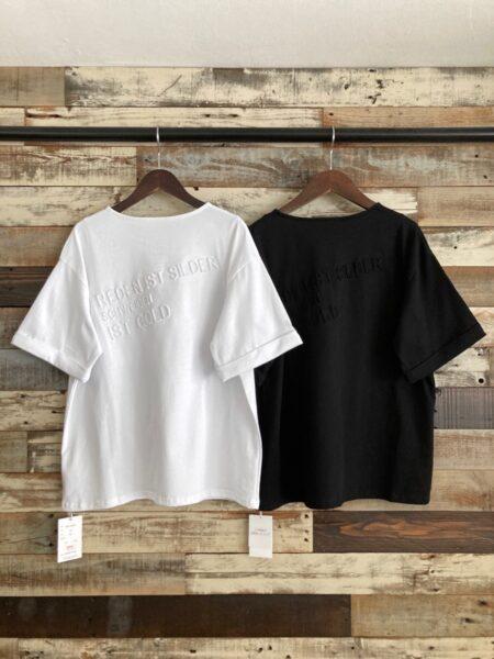 バックエンボスロゴT シャツ/バック